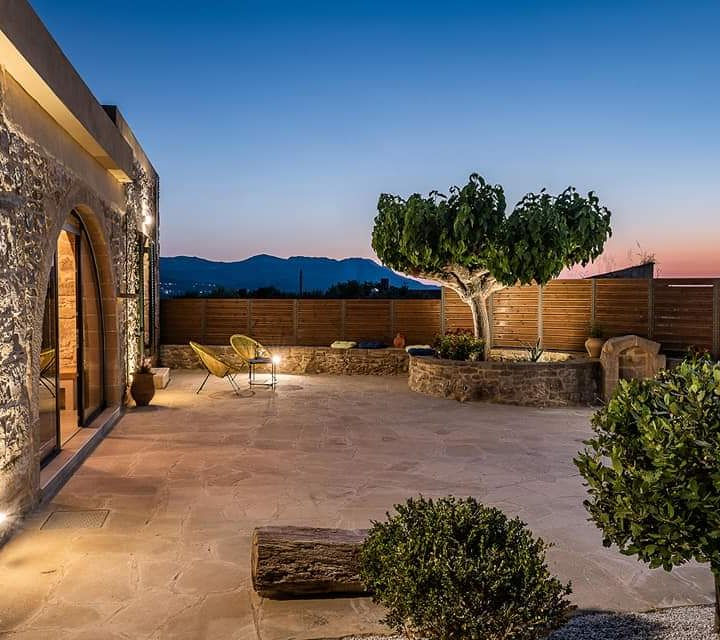 Trialonia Luxury Villa
